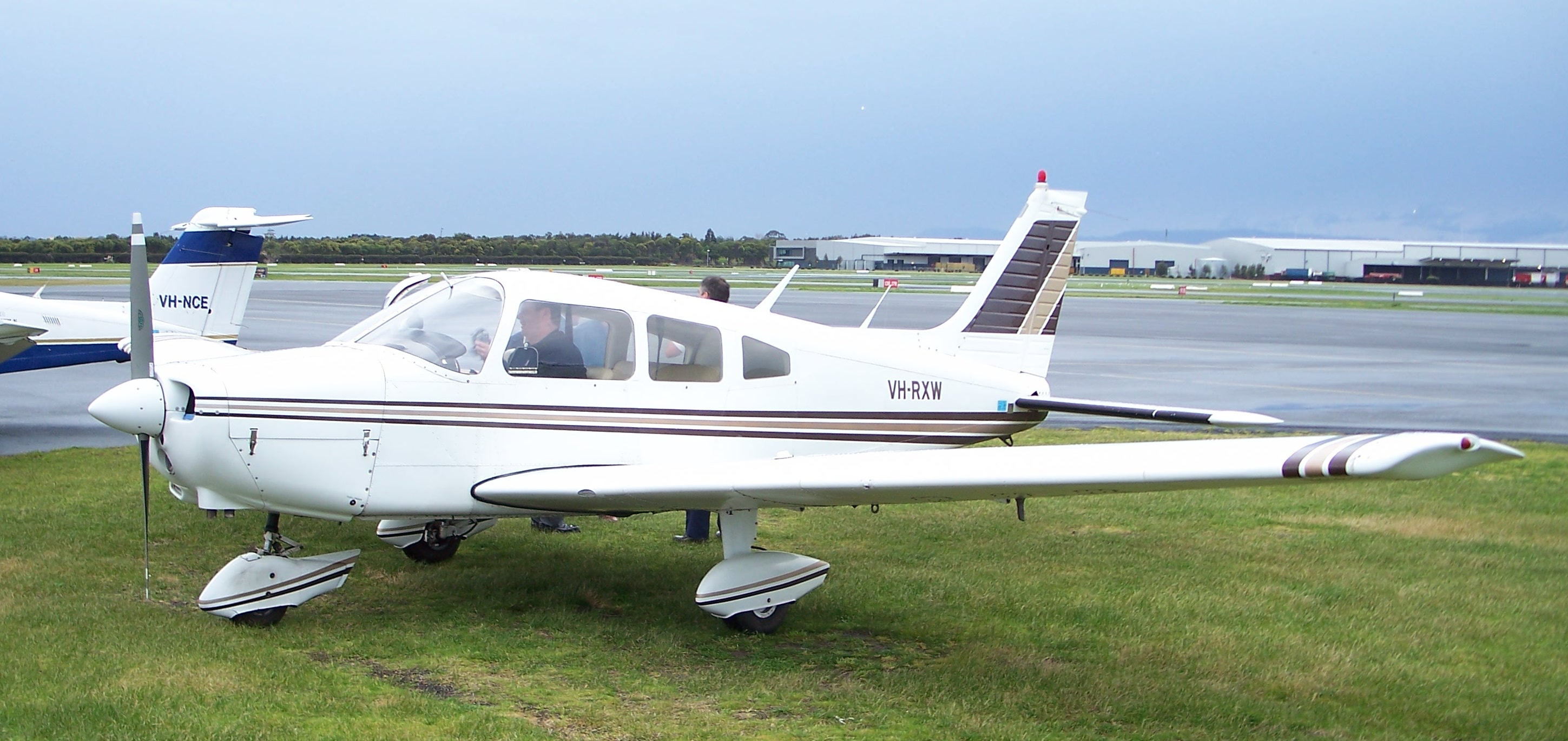VH-RXW - Piper PA-28-151